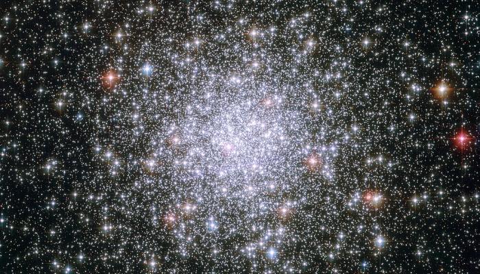 Der Kugelsternhaufen Messier 69 als Symbolbild. | Foto: ESA/Hubble